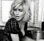 Мадона пее за проваления си брак в нова песен